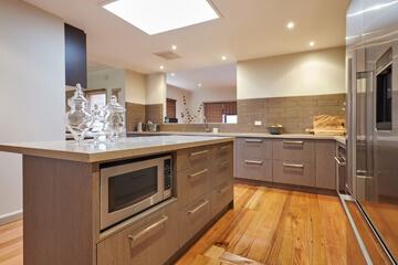 Kitchen Cabinet Makers Blackburn North
