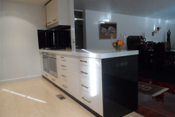 Custom Kitchens St Kilda East