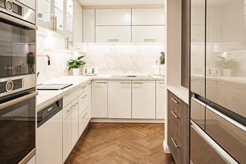 Kitchen Cabinets Windsor